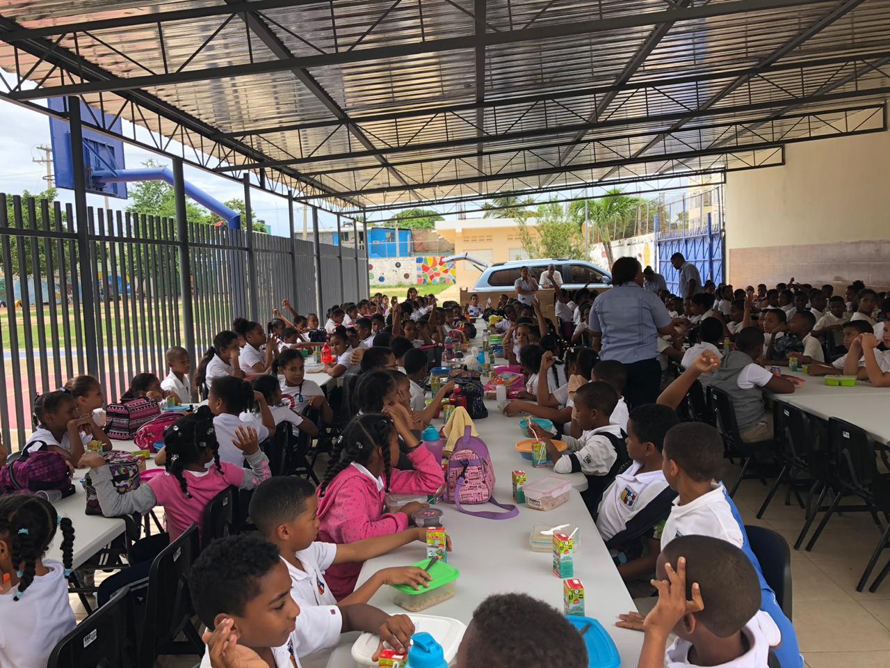 Ya se ha inaugurado el comedor de la Escuela San Pedro en República Dominicana