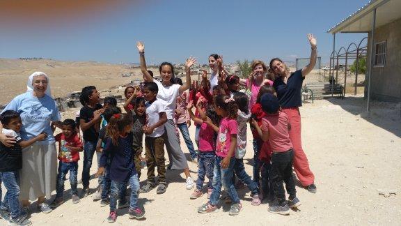 Jóvenes de FCanfranc viajan a Jerusalen para participar en un proyecto europeo sobre liderazgo femenino con jóvenes de allí.